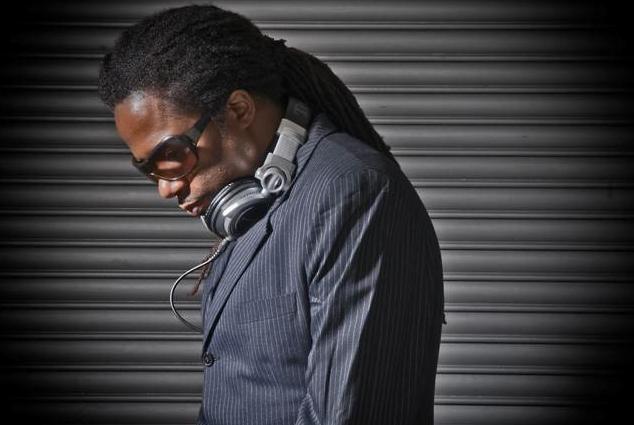 DJ/Producer Jonathan Ulysses