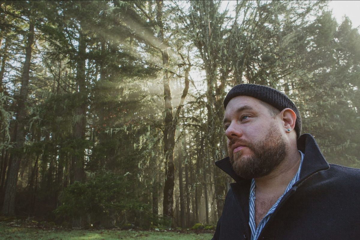 Nathaniel Rateliff announces re-scheduled UK tour dates