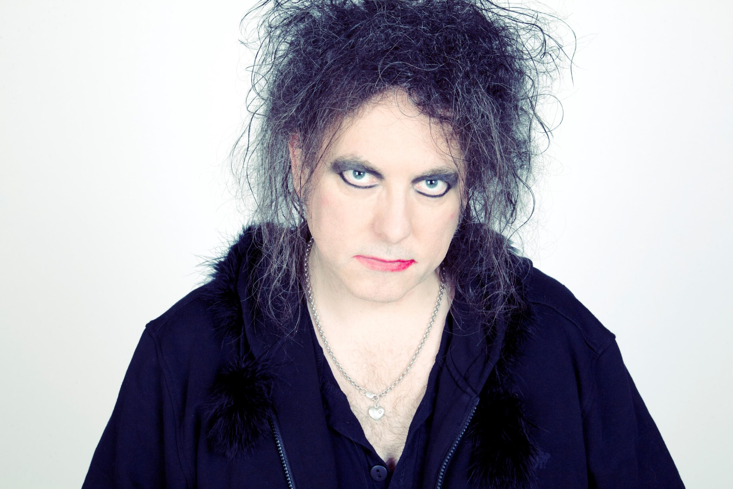 Robert Smith selling special edition artwork for charity