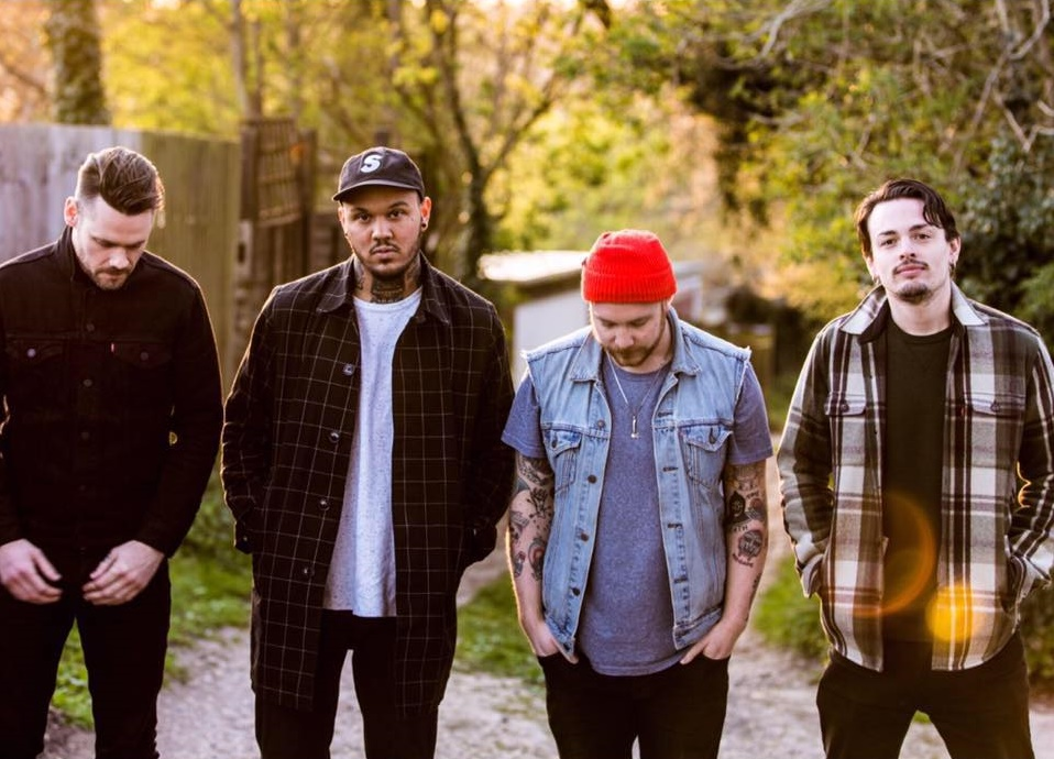 2000 Trees: 3 Minutes With Brawlers