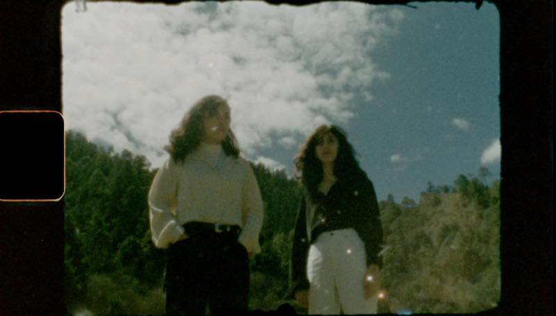 "MINT FIELD share new video """"Cambios del Pasar"""""